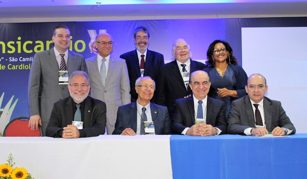 XIII Intensicardio: Dr. Gutemberg fala sobre realidade das UTI's no Brasil