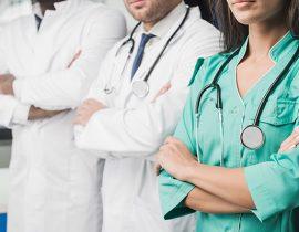 Fenam e FMB solidarizam-se com profissionais da saúde e exigem segurança